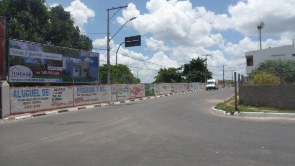 Placa 34: Praça Mário Laerte, próxima do Estádio Antônio Carneiro