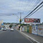 Placa 35: Av. Dantas Bião, estacionamento do Hiper Gbarbosa (sentido Bairro Alagoinhas Velha)