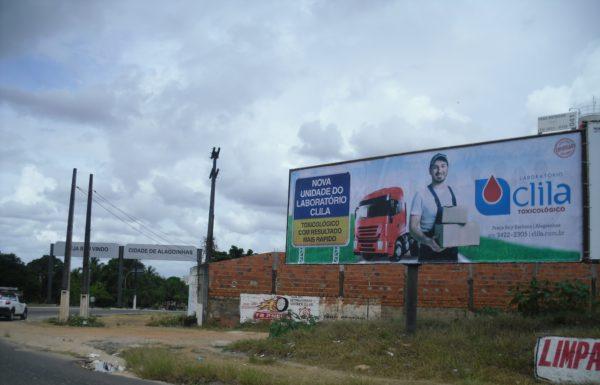 Placa 42: Rodovia BR-101, trevo de Alagoinhas/Araçás (entrada da cidade) 1
