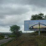 Placa 02: Rodovia BR-110, próxima da UNEB (sentido entrada)