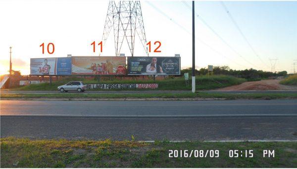 Placa 10, 11 e 12: Rodovia BR-101, Trevo de Araçás – Entrada da Cidade