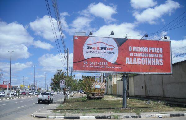 Placa 16: Av. Joseph Wagner, Teixeira's Vidros 1 (entrada da cidade)