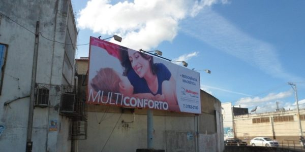 Placa 27: Rua Milton Ornelas, próxima da Caixa Econômica