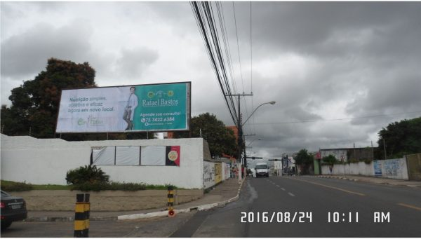 Placa 34: Rua Drº Dantas Bião, Hiper Gbarbosa (estacionamento) – Sentido Comércio