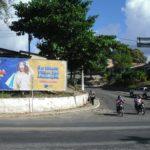 Placa 58: Rodovia BR-101, rotatória do Bairro Bom Viver (entrada da cidade)