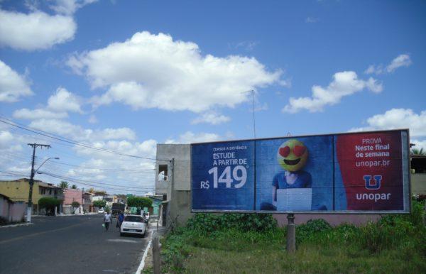 Placa 61: Rua Wanderlino Nogueira (entrada da cidade)
